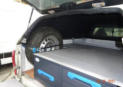 4x4 pickup racking